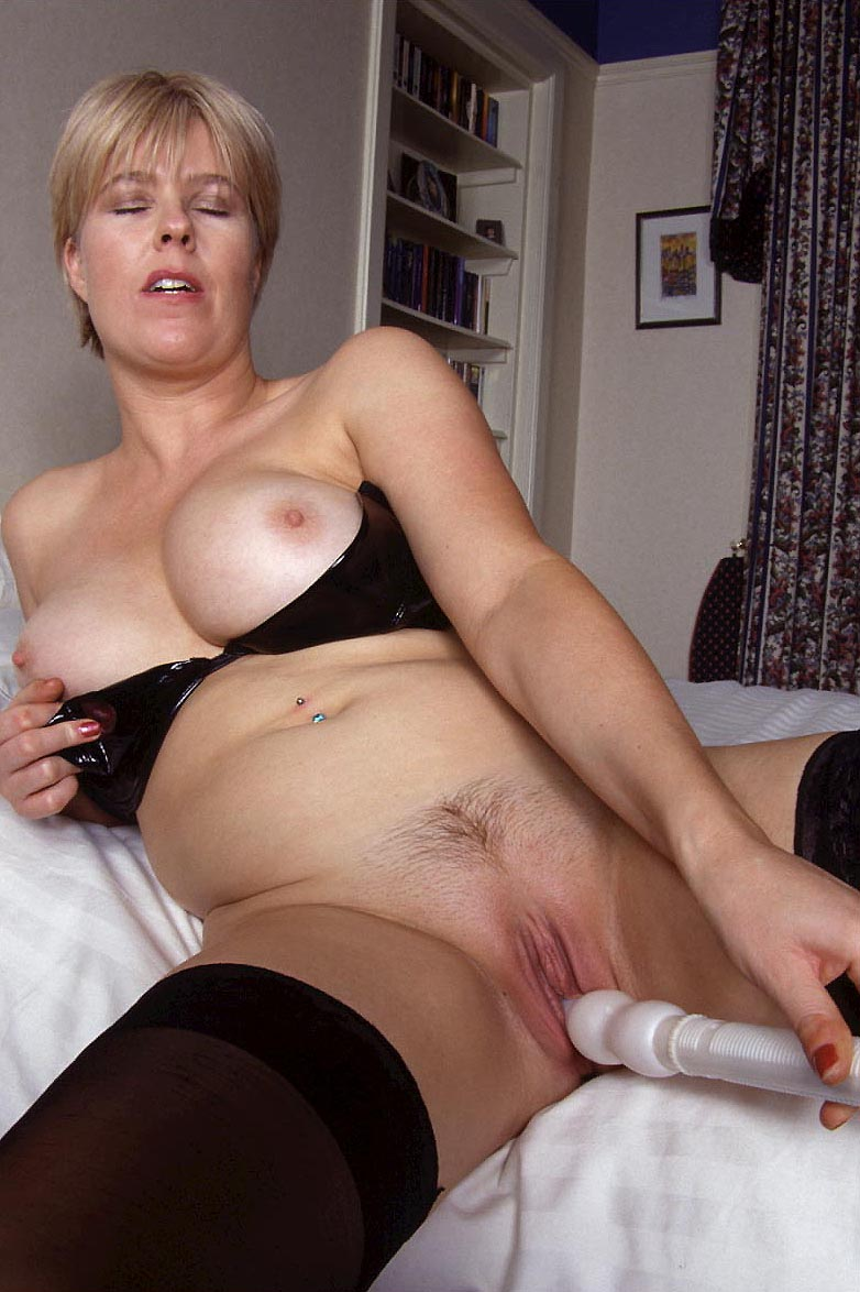 the word milf amateur escort dames